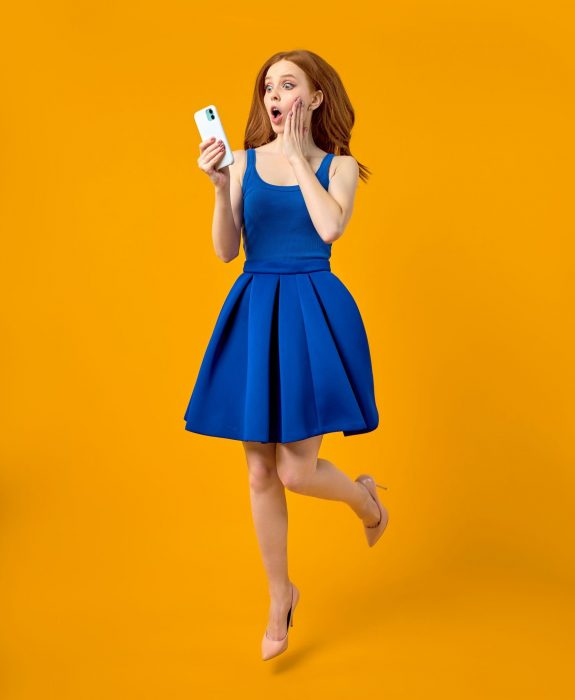 Full,Size,Profile,Photo,Of,Surprised,Redhead,Female,In,Dress